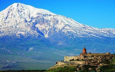 Вид на Арарат с монастыря Хор Вирап