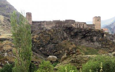 Крепость Хертвиси на слиянии рек Парвана и Кура, XIII в.